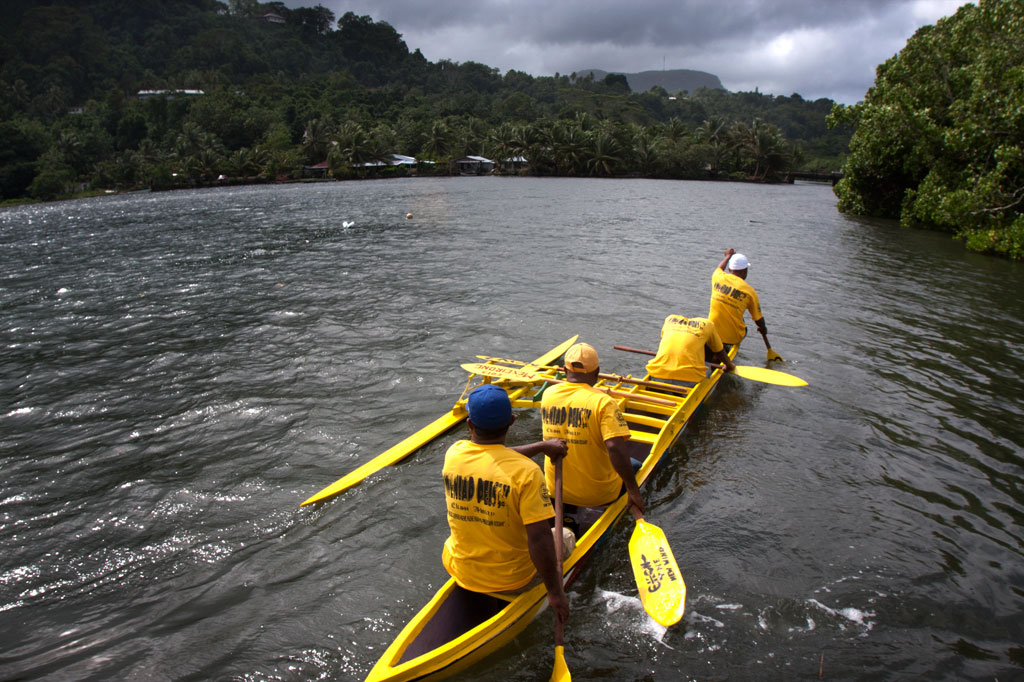 Canoe race in Mwalok, Pohnpei, Federated States of Micronesia (FSM)