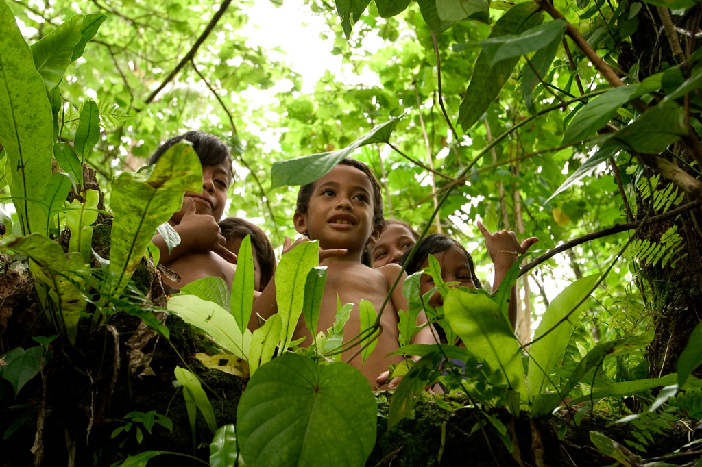 Children at Nanipil, Pohnpei, Federated States of Micronesia (FSM)